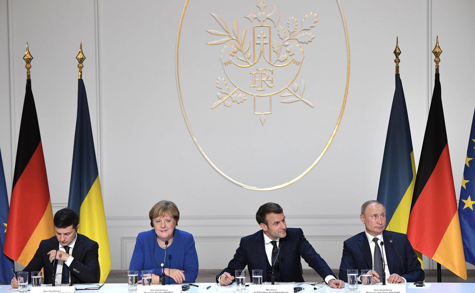 Reunión en París sobre la guerra del Donbass