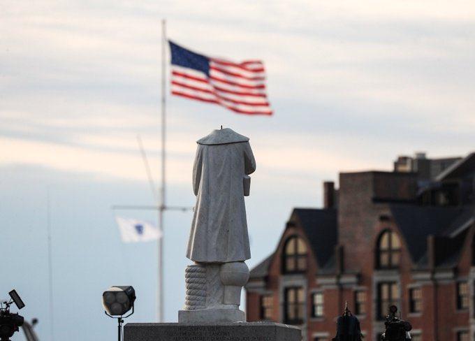 La estatua de Colón en Boston decapitada, símbolo de la caída de ...