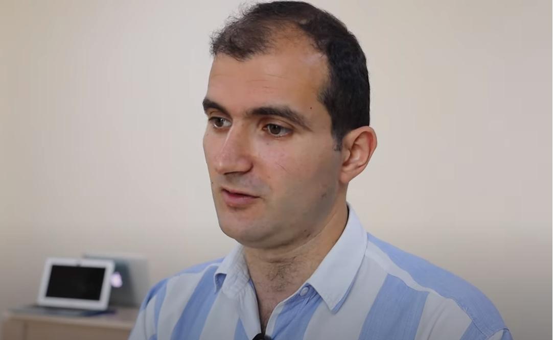 Sargis Melik-Shajnazaryan en la entrevista realizada en 2019. Fuente: Eulixe.